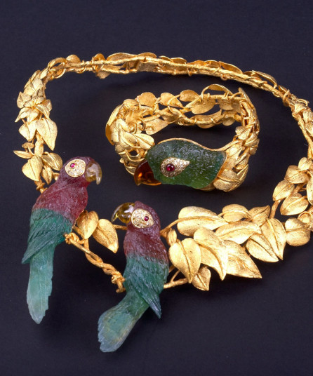 Parrot-Necklace-3